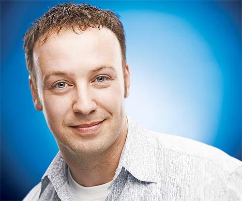 El cómico Judson Laipply, protagonista del vídeo más visto de YouTube
