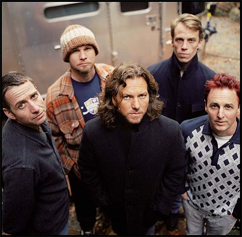 Pearl Jam presenta su nuevo disco Backspacer